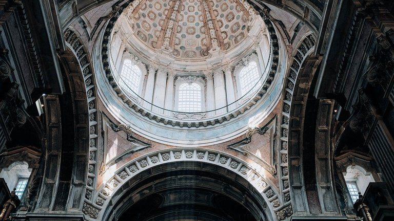 Конструкция и технология на куполната къща